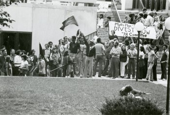 140.protest-divest-apartheid-south-africa-oct-1978-0.jpg